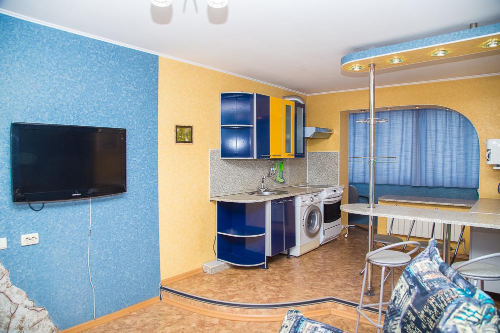 2-к ул. Хабаровская, 42 (Правительство, Чехов-центр)
