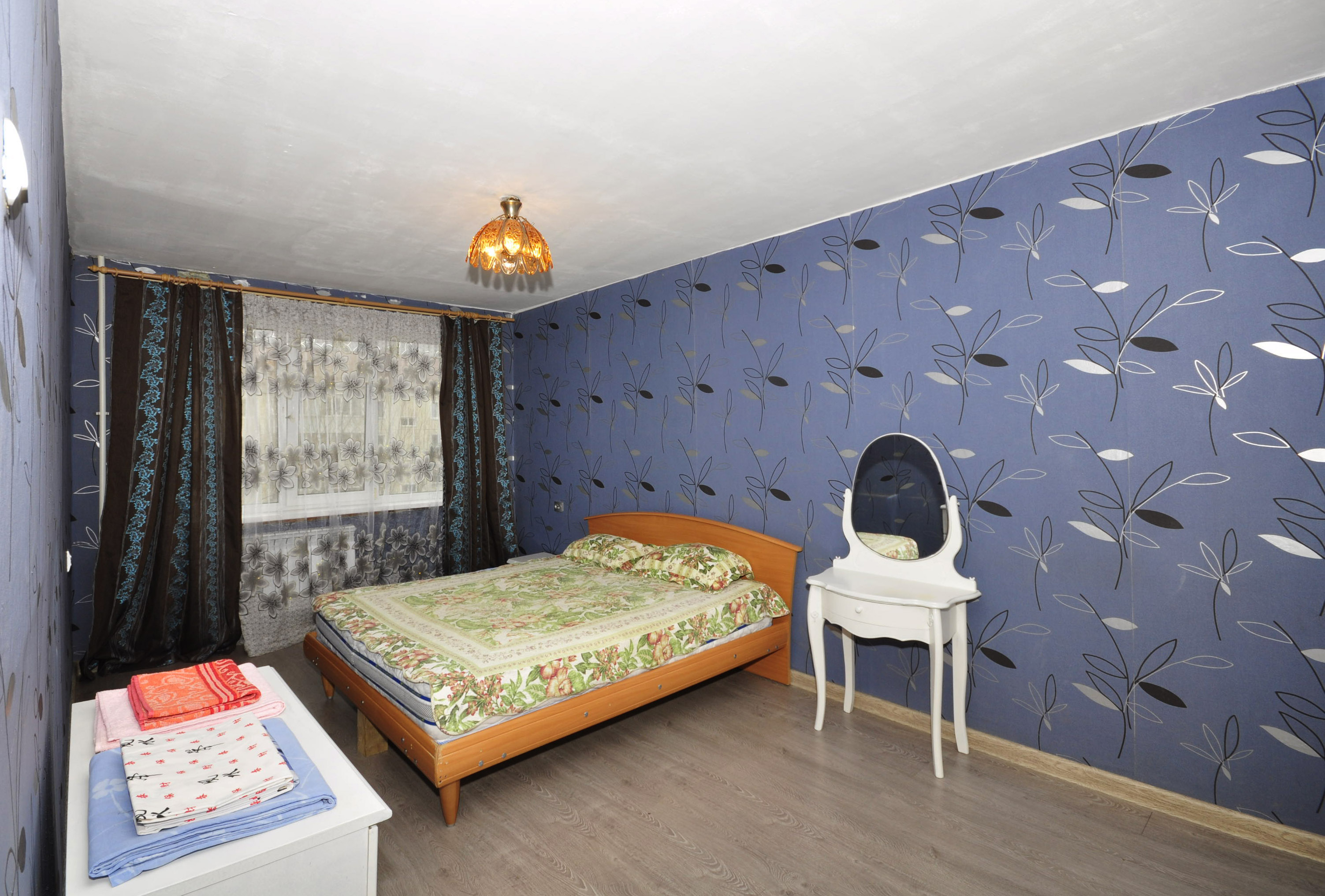Сахалинская 5, 2-комнатная квартира эконом